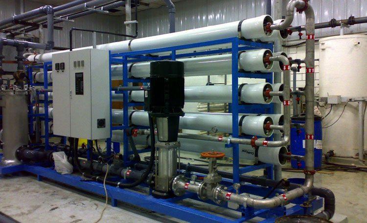 Industrial water desalination RO